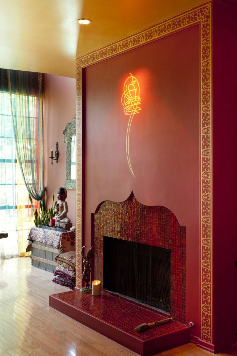 Linda-allen-designs-moroccan-living room-lounge-fireplace