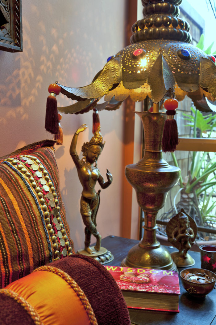 Linda-allen-designs-moroccan-living room-lounge-custom-lamp