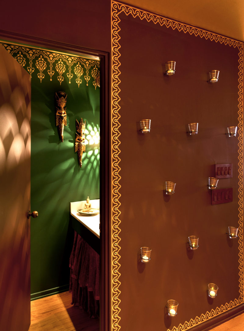 Linda-allen-designs-moroccan-powder-room--bathe