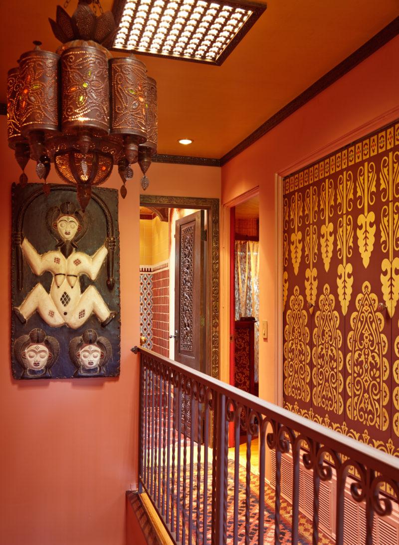 Linda-allen-designs-moroccan-stairs-landing