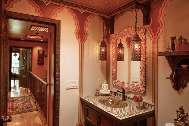 Linda-allen-designs-moroccan-guest-bathroom-bathe