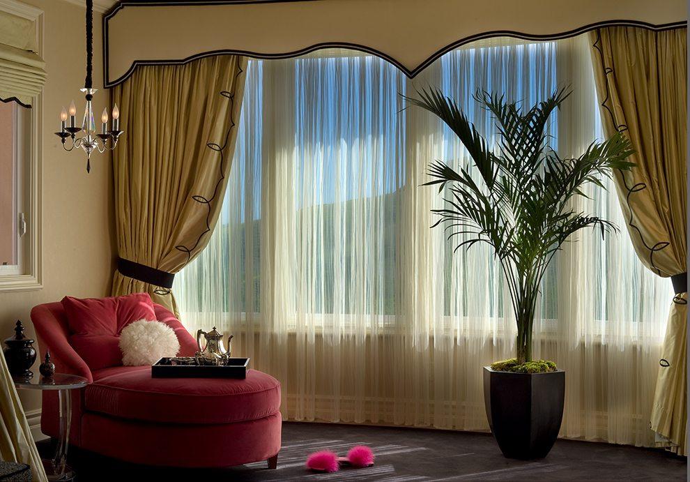 Linda-allen-designs-parisian-bedroom-sleep