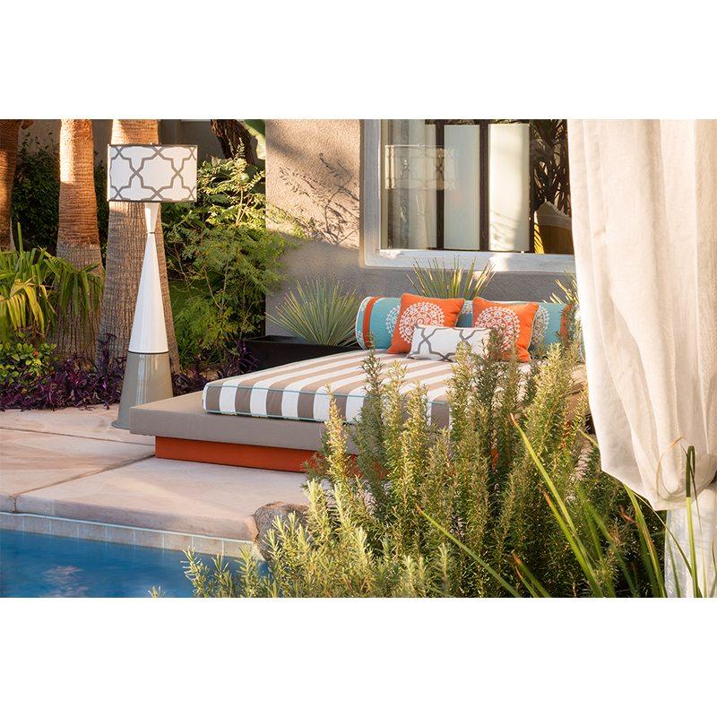 Las-vegas-backyard-lounge-wireless-table-lamps-live anywhere-linda-allen-designs