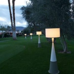 Ava Floor-wireless-outdoor-table-lamp-Live-anywhere-inc